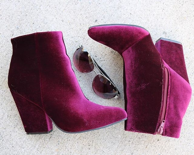 Crushin' On Velvet
